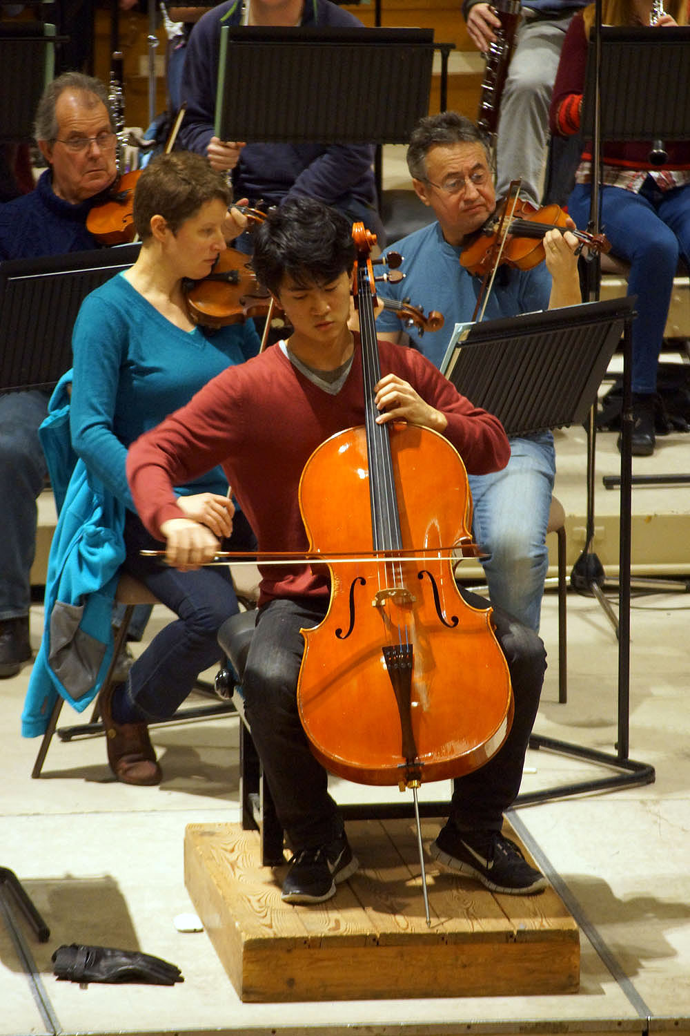 Akito Goto playing Prokofiev's Sinfonia Concertante for Cello
